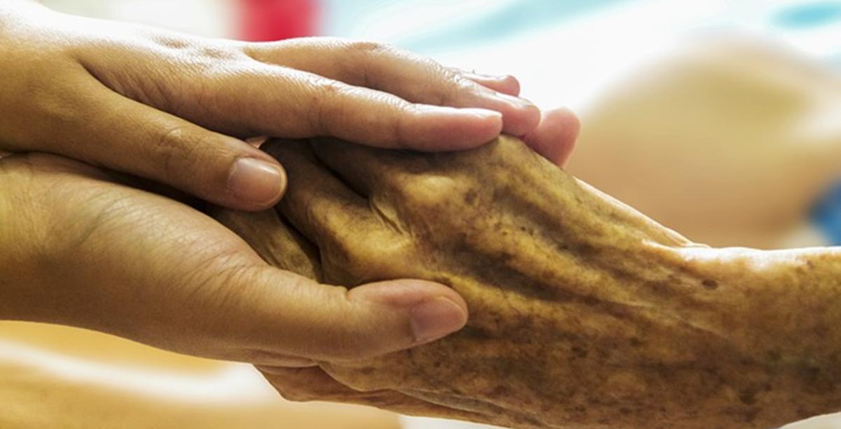 curso auxiliar de geriatria